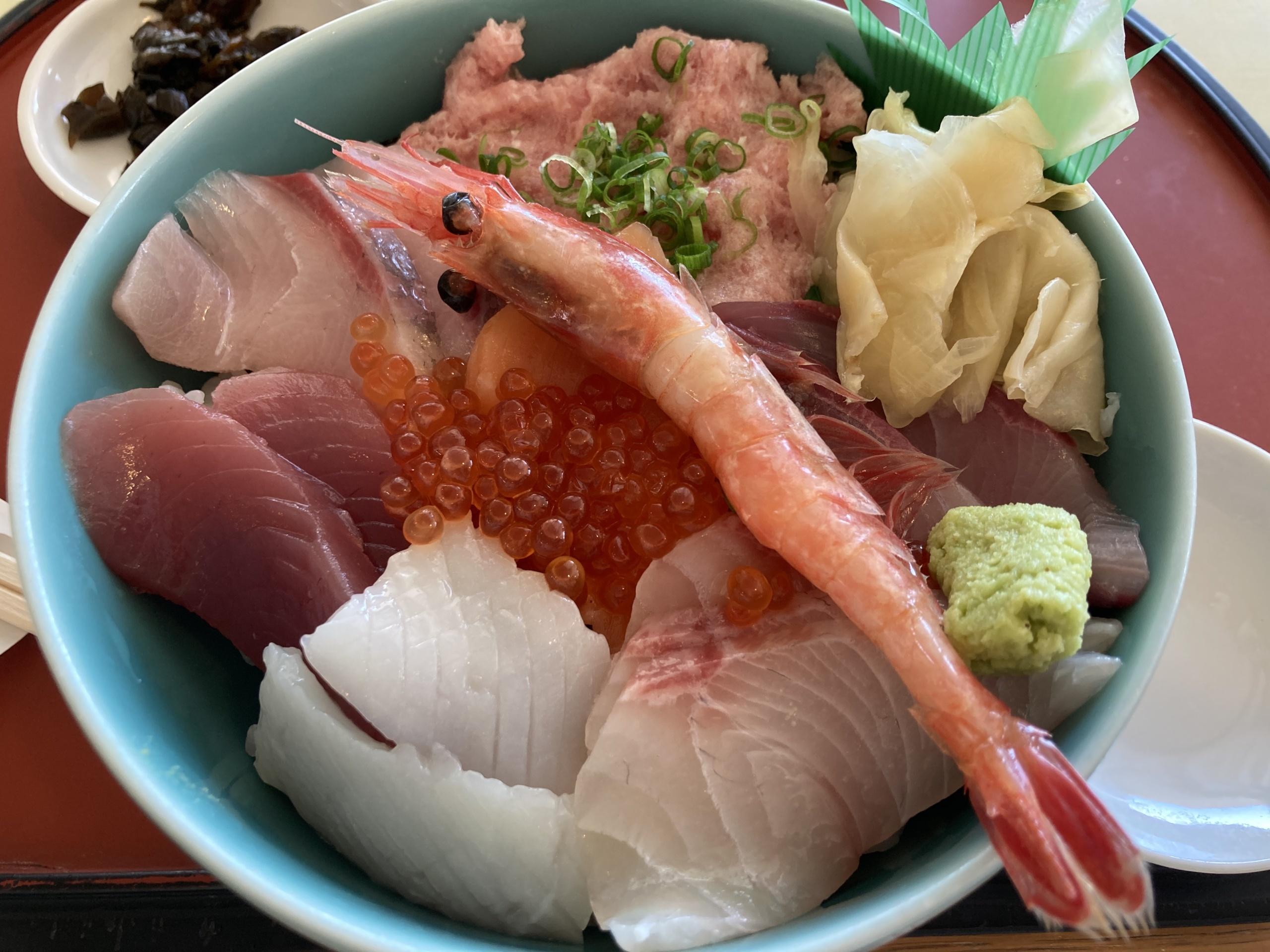 海 夏 海鮮丼